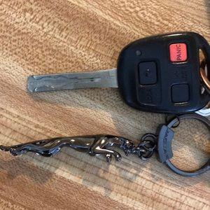 jaguar Accessories - JAG KEYCHAIN